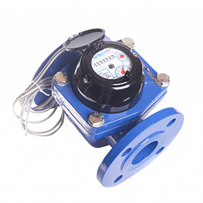 Turbine water meter with pulse output